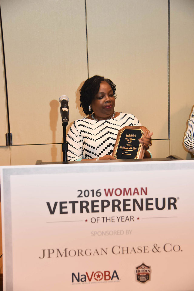 vetrepreneur-of-the-year2016-2